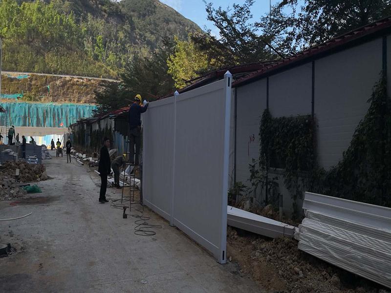 西安工程围挡-PVC施工围挡质量好的厂家